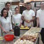 La empanada de almíbar, el dulce más típico de la Navidad en Ibros