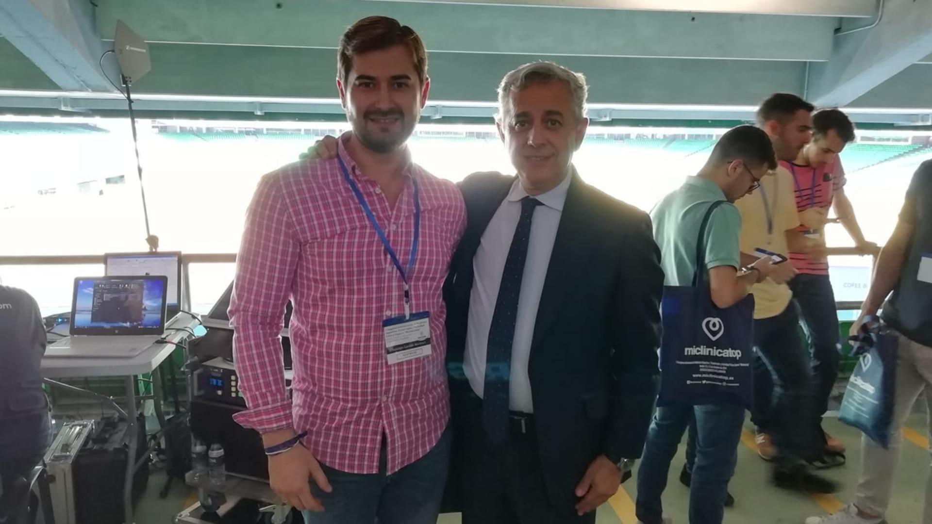 Domingo Garrido y el Dr. José Mª Villalón, médico del At. Madrid